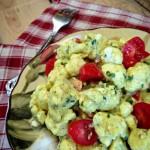 Raw marinovaný nebramborový salát s majonézovou zálivkou