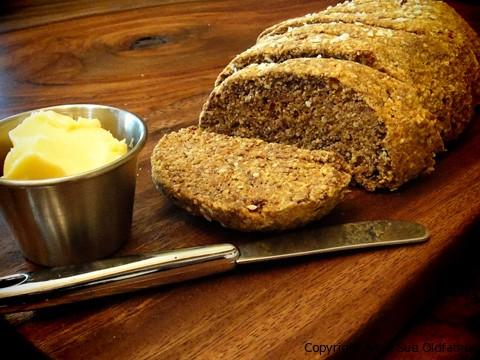 Raw chléb s Irským mechem - recept se zobrazí po kliknutí na obrázek