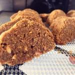 Tajemství raw chleba a chlebové chuti? Znám ho! Je třeba dodržet určitý postup. Raw chleba s marinovanou cibulkou a psylliem (domácí recept)